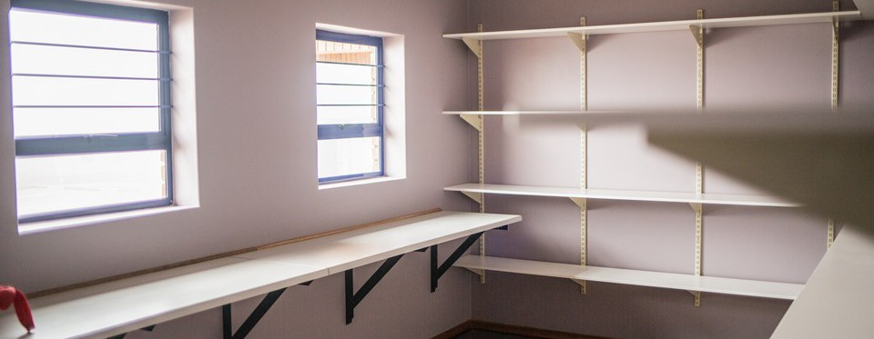 Edge to Edge Construction Cupboards & Shelving